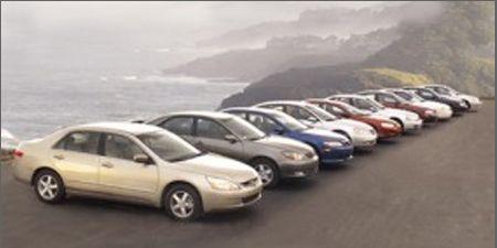 Motor vehicle, Tire, Mode of transport, Transport, Vehicle, Land vehicle, Automotive mirror, Car, Automotive parking light, Alloy wheel,
