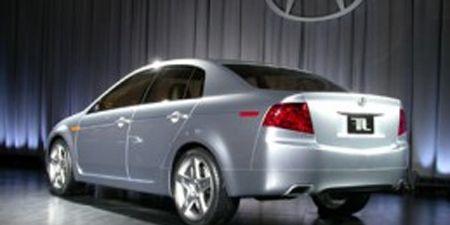 Tire, Motor vehicle, Wheel, Mode of transport, Automotive design, Product, Vehicle, Alloy wheel, Rim, Car,