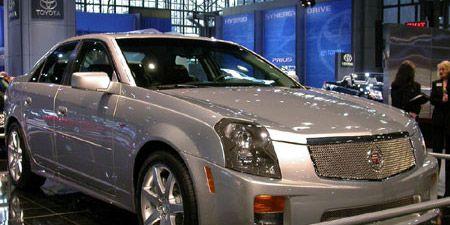 Motor vehicle, Tire, Vehicle, Land vehicle, Automotive design, Transport, Car, Rim, Grille, Alloy wheel,