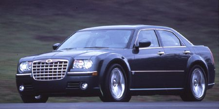Tire, Wheel, Vehicle, Transport, Automotive tire, Automotive design, Infrastructure, Automotive parking light, Rim, Hood,