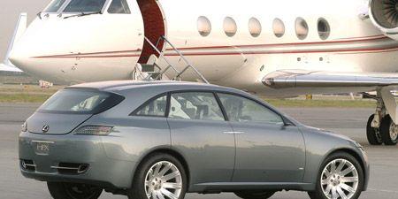 Tire, Wheel, Airplane, Mode of transport, Automotive tire, Transport, Vehicle, Automotive wheel system, Alloy wheel, Automotive design,