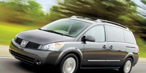 Motor vehicle, Tire, Automotive mirror, Wheel, Mode of transport, Automotive design, Automotive tire, Transport, Daytime, Product,