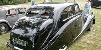 Motor vehicle, Mode of transport, Nature, Vehicle, Transport, Brown, Land vehicle, Photograph, Car, Classic car,