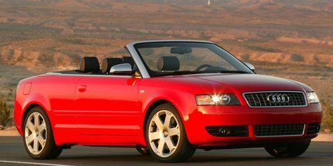 Tire, Wheel, Automotive design, Road, Vehicle, Transport, Automotive mirror, Hood, Infrastructure, Automotive parking light,
