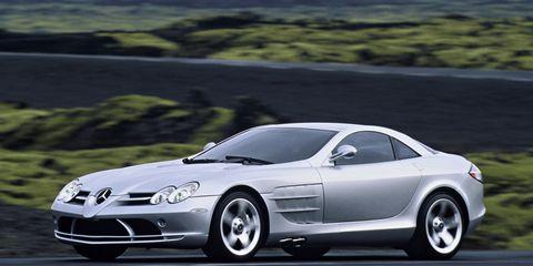 Tire, Wheel, Automotive design, Vehicle, Land vehicle, Automotive mirror, Car, Rim, Performance car, Hood,