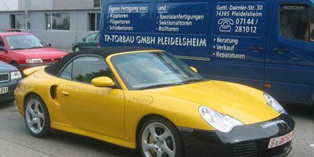 Tire, Motor vehicle, Wheel, Mode of transport, Vehicle, Automotive design, Land vehicle, Transport, Yellow, Automotive parking light,