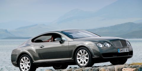 Tire, Wheel, Automotive design, Vehicle, Land vehicle, Car, Rim, Alloy wheel, Personal luxury car, Grille,