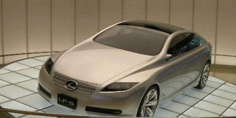 Automotive mirror, Automotive design, Mode of transport, Vehicle, Land vehicle, Automotive exterior, Car, Glass, Grille, Personal luxury car,