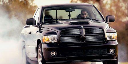 Motor vehicle, Tire, Automotive mirror, Automotive design, Vehicle, Automotive tire, Land vehicle, Automotive lighting, Automotive exterior, Hood,