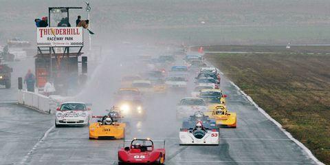 Mode of transport, Automotive design, Vehicle, Race track, Motorsport, Sport venue, Car, Automotive tire, Automotive exterior, Road surface,