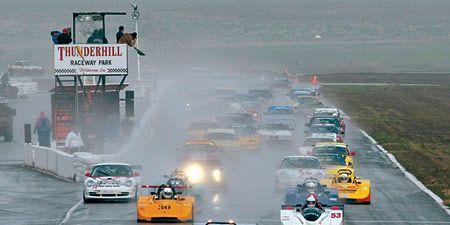 Mode of transport, Automotive design, Vehicle, Land vehicle, Race track, Car, Motorsport, Sports car racing, Sport venue, Asphalt,