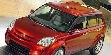 Motor vehicle, Tire, Wheel, Automotive design, Vehicle, Automotive mirror, Land vehicle, Car, Automotive lighting, Hood,