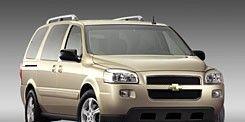 Tire, Motor vehicle, Wheel, Mode of transport, Transport, Product, Vehicle, Automotive tire, Automotive exterior, Natural environment,