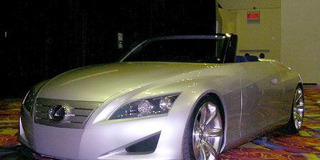 Mode of transport, Automotive design, Vehicle, Transport, Automotive lighting, Car, Personal luxury car, Hood, Headlamp, Automotive mirror,