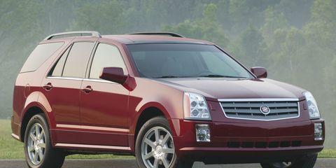 Tire, Wheel, Motor vehicle, Automotive tire, Vehicle, Transport, Infrastructure, Rim, Automotive parking light, Car,