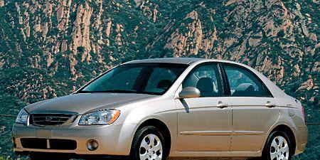 Tire, Wheel, Automotive mirror, Vehicle, Glass, Land vehicle, Automotive design, Alloy wheel, Transport, Rim,