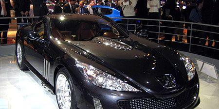Wheel, Automotive design, Mode of transport, Vehicle, Event, Land vehicle, Headlamp, Car, Automotive lighting, Personal luxury car,