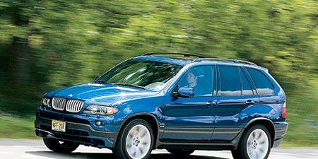 Tire, Wheel, Automotive design, Vehicle, Rim, Automotive tire, Car, Hood, Automotive exterior, Fender,
