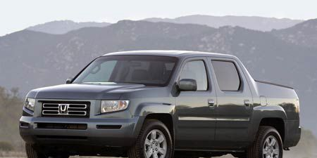 motor trend truck of the year 2006