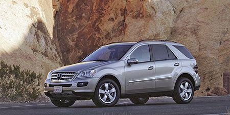 Tire, Wheel, Automotive design, Automotive tire, Product, Vehicle, Land vehicle, Car, Rim, Alloy wheel,