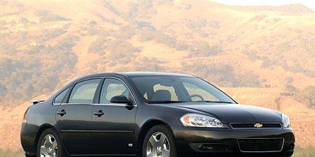 Tire, Wheel, Vehicle, Automotive design, Land vehicle, Automotive parking light, Transport, Car, Rim, Alloy wheel,