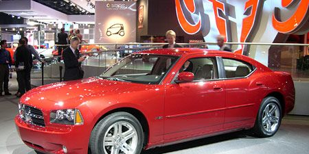 Tire, Wheel, Automotive design, Vehicle, Automotive tire, Land vehicle, Car, Alloy wheel, Automotive wheel system, Rim,