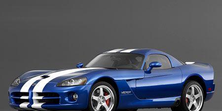 Automotive design, Blue, Vehicle, Automotive lighting, Hood, Headlamp, Automotive exterior, Rim, Fender, Electric blue,
