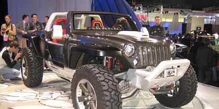Tire, Wheel, Motor vehicle, Automotive tire, Automotive design, Vehicle, Automotive wheel system, Automotive exterior, Rim, Car,