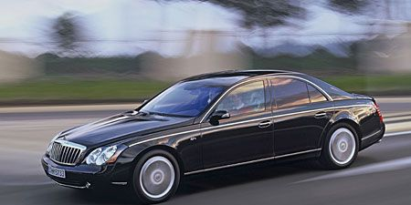 Tire, Wheel, Mode of transport, Vehicle, Transport, Automotive design, Land vehicle, Car, Rim, Spoke,