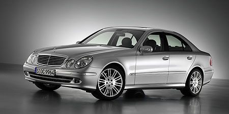 Tire, Wheel, Mode of transport, Automotive design, Vehicle, Alloy wheel, Automotive tire, Rim, Spoke, Hood,