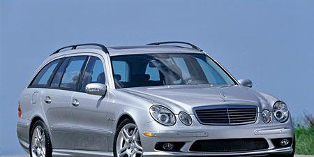 Tire, Wheel, Mode of transport, Automotive design, Vehicle, Transport, Land vehicle, Automotive parking light, Hood, Grille,