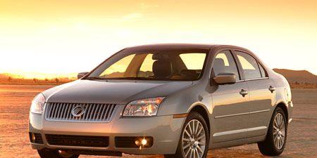 Tire, Motor vehicle, Wheel, Mode of transport, Automotive mirror, Automotive design, Transport, Vehicle, Rim, Infrastructure,
