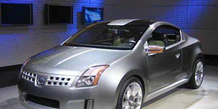 Motor vehicle, Mode of transport, Automotive design, Vehicle, Land vehicle, Car, Automotive mirror, Technology, Automotive exterior, Automotive lighting,