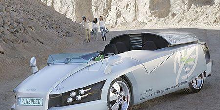 Motor vehicle, Tire, Mode of transport, Automotive design, Vehicle, Transport, Automotive mirror, Land vehicle, Car, Headlamp,