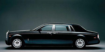 Tire, Wheel, Automotive design, Mode of transport, Transport, Vehicle, Land vehicle, Car, Full-size car, Fender,