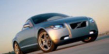 Motor vehicle, Tire, Mode of transport, Automotive mirror, Automotive design, Blue, Transport, Daytime, Automotive exterior, Vehicle,