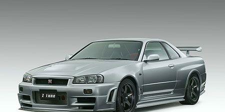 Automotive design, Vehicle, Rim, Headlamp, Automotive tire, Automotive lighting, Alloy wheel, Automotive parking light, Car, Hood,