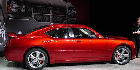 On The Heels Of Debuting 340 Horse Hemi Ed Charger At Detroit Auto Show Dodge Has Already Upped Ante Unveiling Srt8
