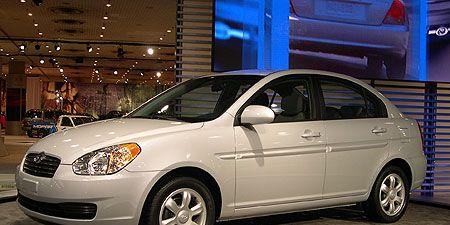 Tire, Wheel, Motor vehicle, Automotive mirror, Automotive design, Mode of transport, Vehicle, Land vehicle, Automotive lighting, Alloy wheel,