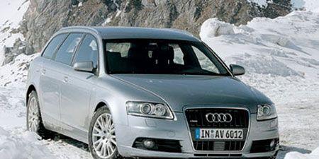 Motor vehicle, Tire, Mode of transport, Automotive design, Daytime, Transport, Vehicle, Land vehicle, Vehicle registration plate, Automotive tire,