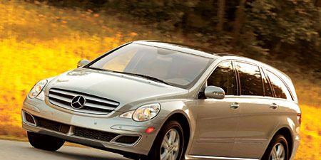 Land vehicle, Vehicle, Car, Mercedes-benz, Motor vehicle, Mercedes-benz r-class, Compact car, Luxury vehicle, Personal luxury car, Transport,
