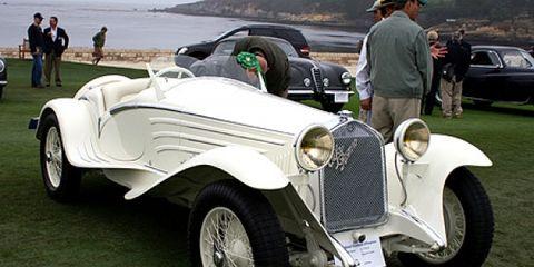 Tire, Wheel, Mode of transport, Automotive design, Vehicle, Land vehicle, Car, Photograph, Classic, Classic car,