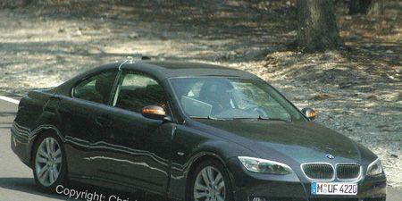 Tire, Mode of transport, Automotive mirror, Vehicle, Land vehicle, Alloy wheel, Automotive design, Car, Rim, Hood,