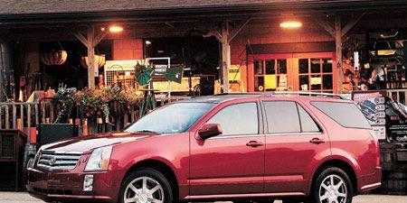 Tire, Wheel, Motor vehicle, Vehicle, Window, Land vehicle, Car, Rim, Alloy wheel, Fender,