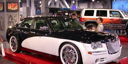 Tire, Wheel, Vehicle, Automotive design, Land vehicle, Car, Automotive parking light, Rim, Fender, Automotive lighting,