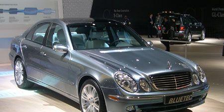 Tire, Wheel, Mode of transport, Automotive design, Vehicle, Land vehicle, Hood, Transport, Car, Grille,