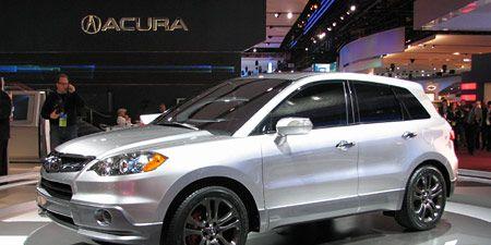 Tire, Wheel, Automotive design, Vehicle, Land vehicle, Automotive tire, Automotive lighting, Headlamp, Rim, Glass,