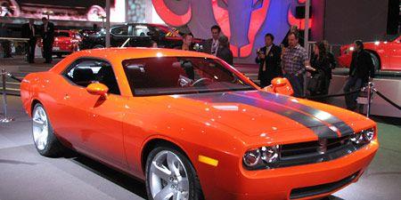 Tire, Motor vehicle, Wheel, Automotive design, Vehicle, Land vehicle, Infrastructure, Hood, Automotive tire, Performance car,