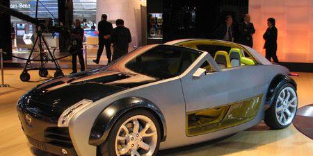 Tire, Wheel, Motor vehicle, Automotive design, Mode of transport, Vehicle, Alloy wheel, Rim, Automotive tire, Automotive wheel system,