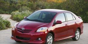 Tire, Wheel, Motor vehicle, Automotive mirror, Mode of transport, Nature, Vehicle, Yellow, Land vehicle, Automotive design,